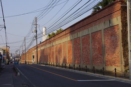 アイビースクエアの塀