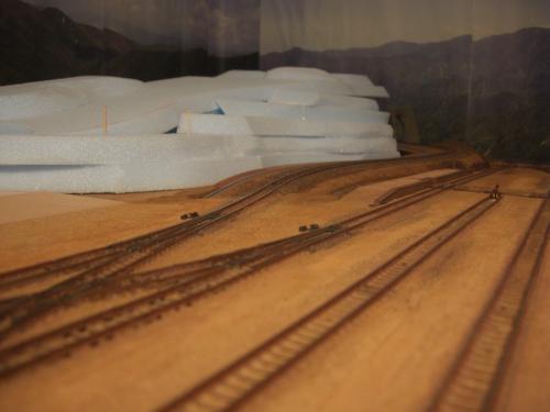 Nゲージレイアウト作製記 山造成 スタイロ 3