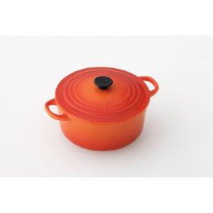 なべ! ではなくて鍋型のマグネット。