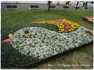 F20120415花壇展02