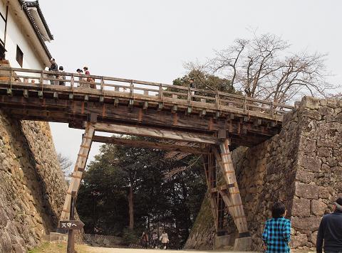 天秤櫓前の橋 209