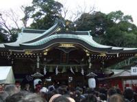 1/4 大混雑の辺津宮   江ノ島神社