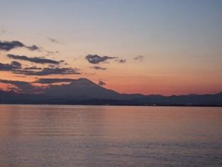 1/4 夕映えの富士山