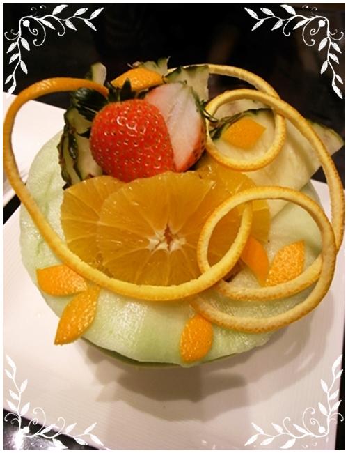 フルーツアートメロンとオレンジ1