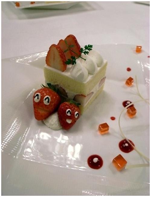 マキシムドパリ、イチゴのショート