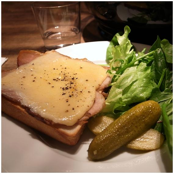 チーズとベーコン