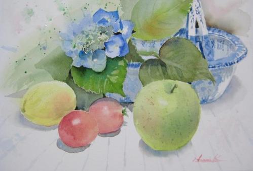 額アジサイと青リンゴ