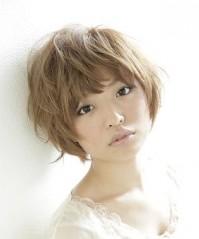 真木よう子さん風ソフトショートヘアスタイル