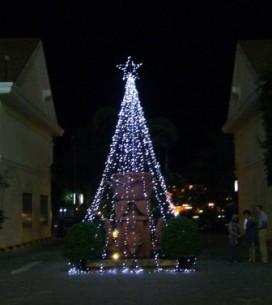 ホテル玄関前のライトアップ