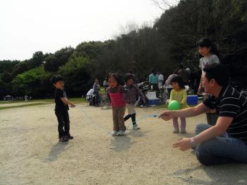 緑地公園縄跳び