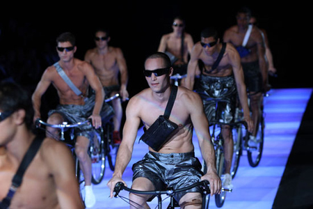 Bike_EmporioArmaniMilanFashionweek