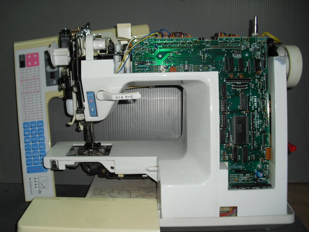 HZL-7700-2_20120302175036.jpg