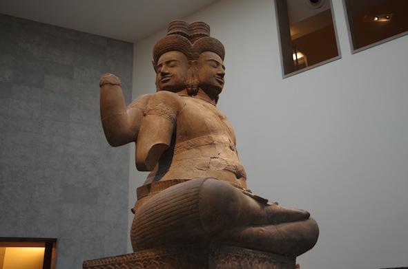クメール彫刻9