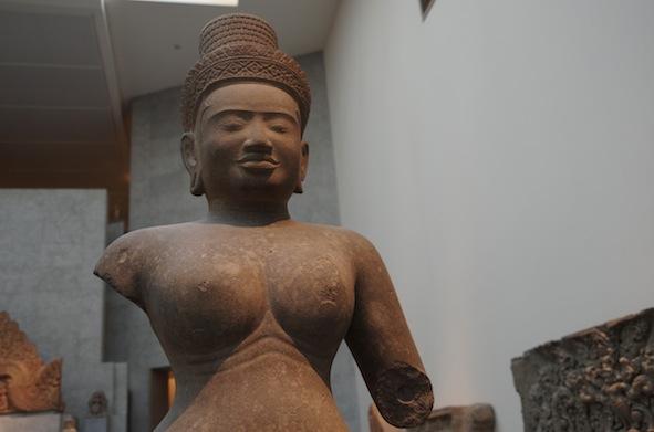 クメール彫刻8