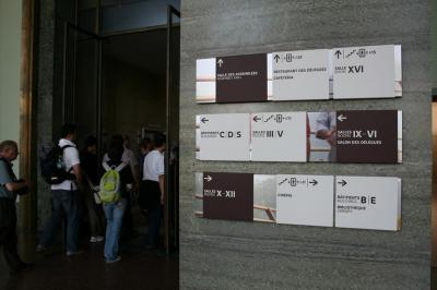 signs at UN