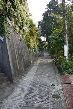 uramonzaka1.jpg