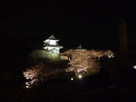 yoruoshiro.jpg