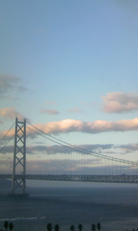 101203_072052明石海峡大橋