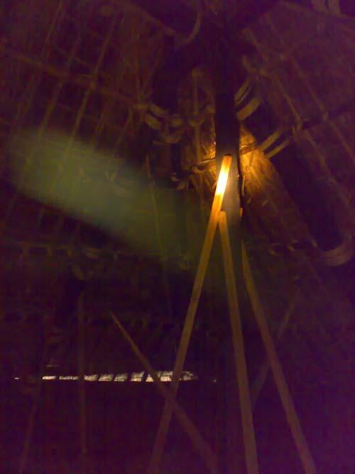 茅葺屋根の天井