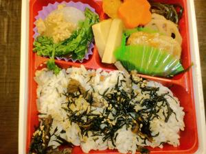 2010・12・22スーパーのお弁当
