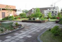 区役所屋上庭園2
