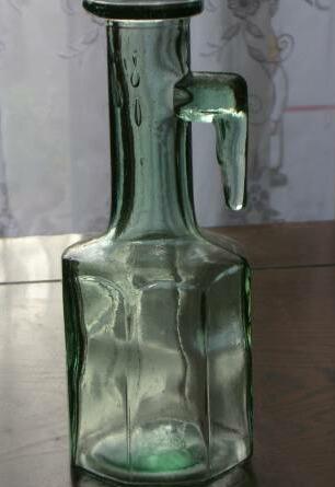 レトロな瓶
