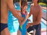 水泳部の夏合宿~♪プールサイドで野外セックス~♪