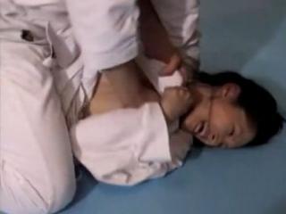 【強い女をレイプ】柔道の師範を正当な理由で犯す男