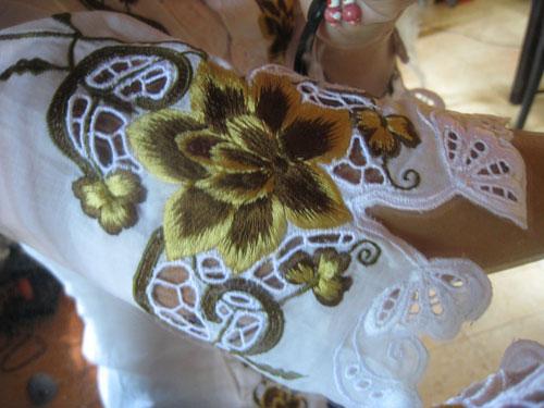 クバヤ 袖