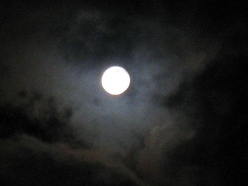 7がつの満月