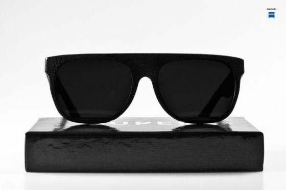 super-flat-top-black-leather-sunglasses-1_convert_20091202235747.jpg