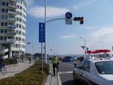 湘南の海沿いを走る