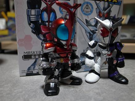 バンダイ「THE仮面ライダーズVersion3カブト&ダブル(ファングジョーカー)」