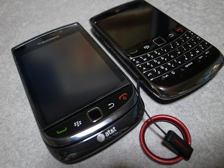 Torch9800&Bold9700.JPG