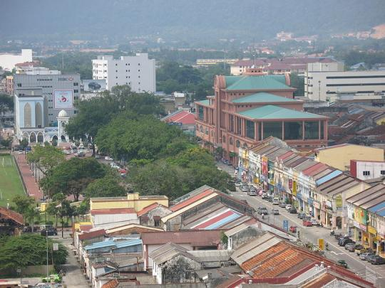 800px-Kuantan_City_Center_convert_20100101235312.jpg
