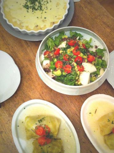 カブとアボカドとトマトのアンチョビサラダ