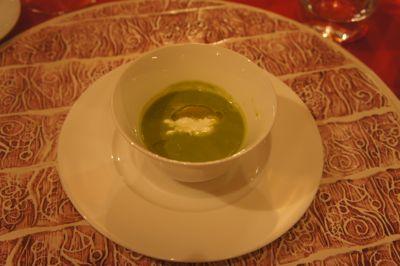 グルフィ ディナー スープ