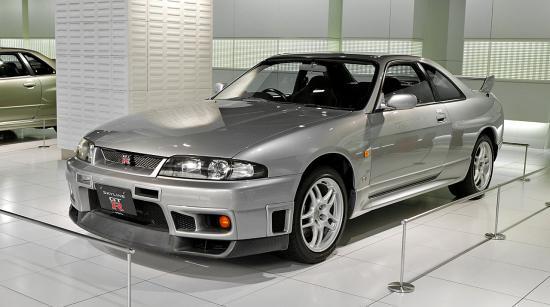 Nissan-Skyline-GT-R-R33.jpg