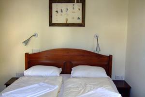 ホテル部屋2