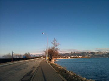 イェシルアダへの道