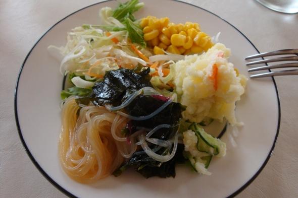 母のサラダ
