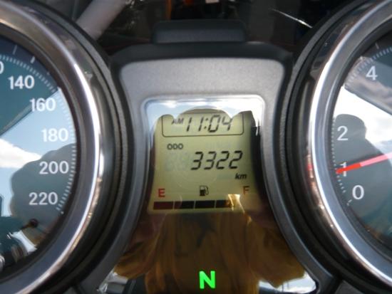 メーター表示 3322K