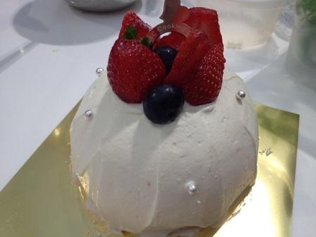 スノードームケーキ