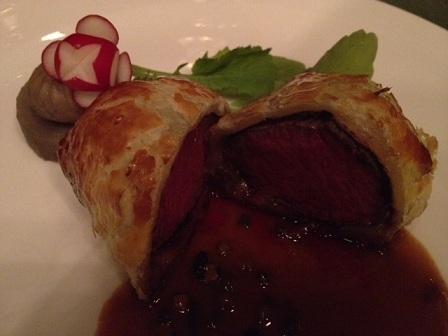 丹波牛京都肉フィレのウェリントン風 トリュフソース