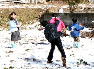100207雪遊び