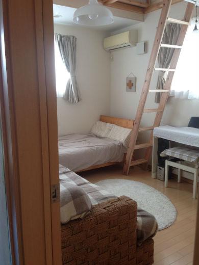 __room1.jpg