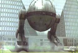 ともだち最終兵器、ロボット登場!