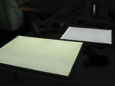 LEDライトパネルのサンプル製作