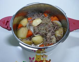 P1170714_松井鍋で肉じゃが