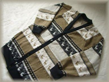 編みこみニットのカーディガン